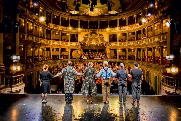 Alterhrwürdig und blutjung zugleich – Das Theater Erlangen ist die älteste bespielte Barockbühne Bayerns. Foto Jochen Quast