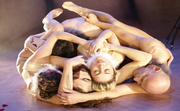 """Maximales Begehren, maximaler Hass – """"Ein Sommernachtstraum"""" von Possible World in der Regie von Michaela Caspar. Foto Anton von Heiseler"""