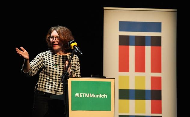 """Acting Europe"", Opening Dialogue, Eröffnungsrede, Ulrike Guérot, Foto: Regine Heiland, Silke Schmidt"
