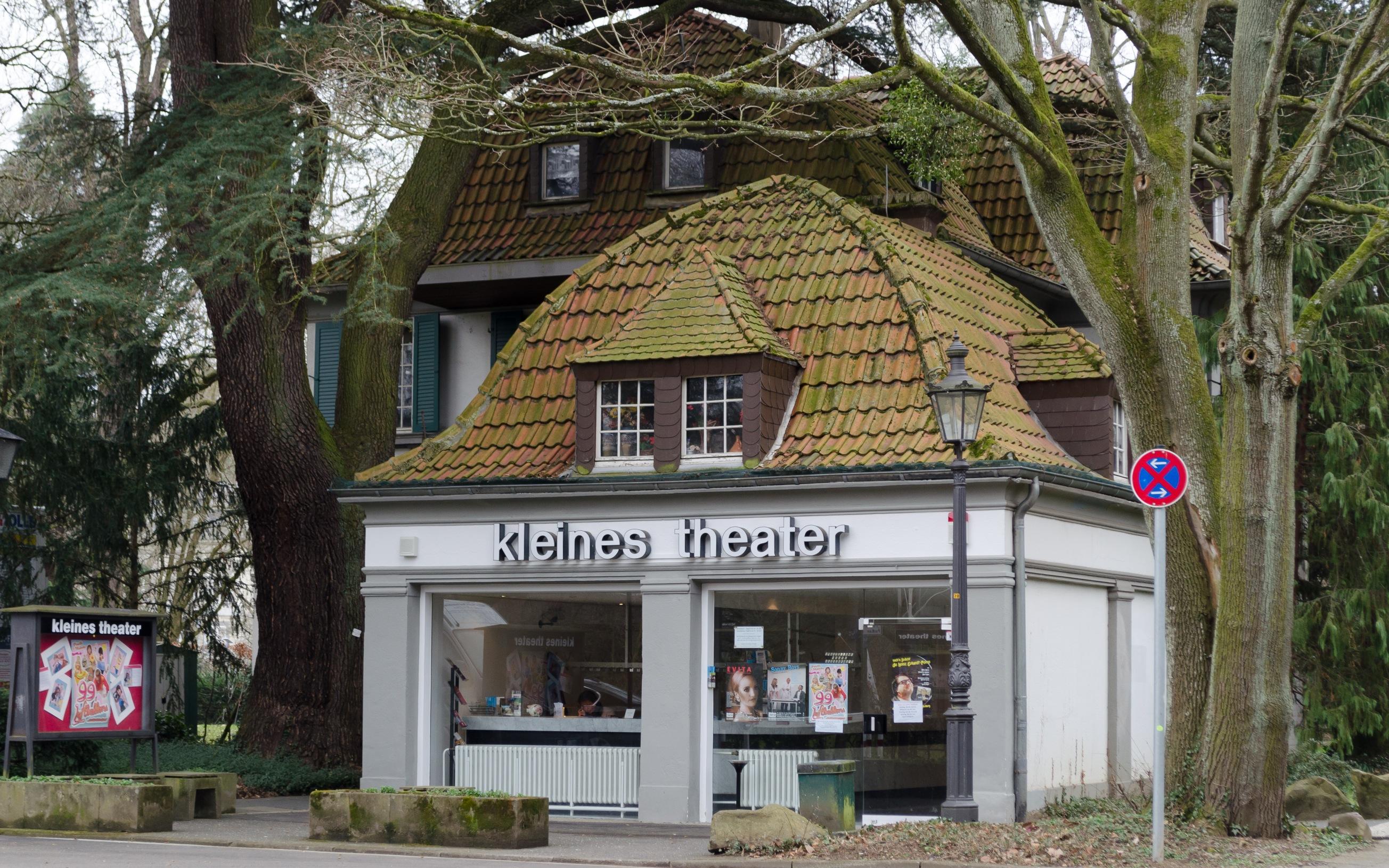 Denkmalgeschütztes Gebäude Koblenzer Straße 78 (Kleines Theater) in Bad Godesberg, Ortsteil Alt-Godesberg