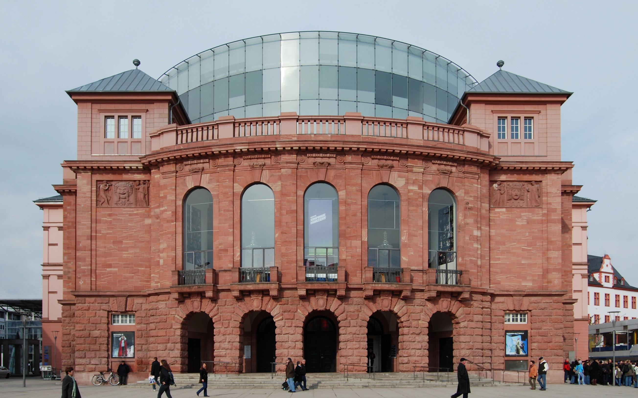 Das Staatstheater Mainz, Februar 2010