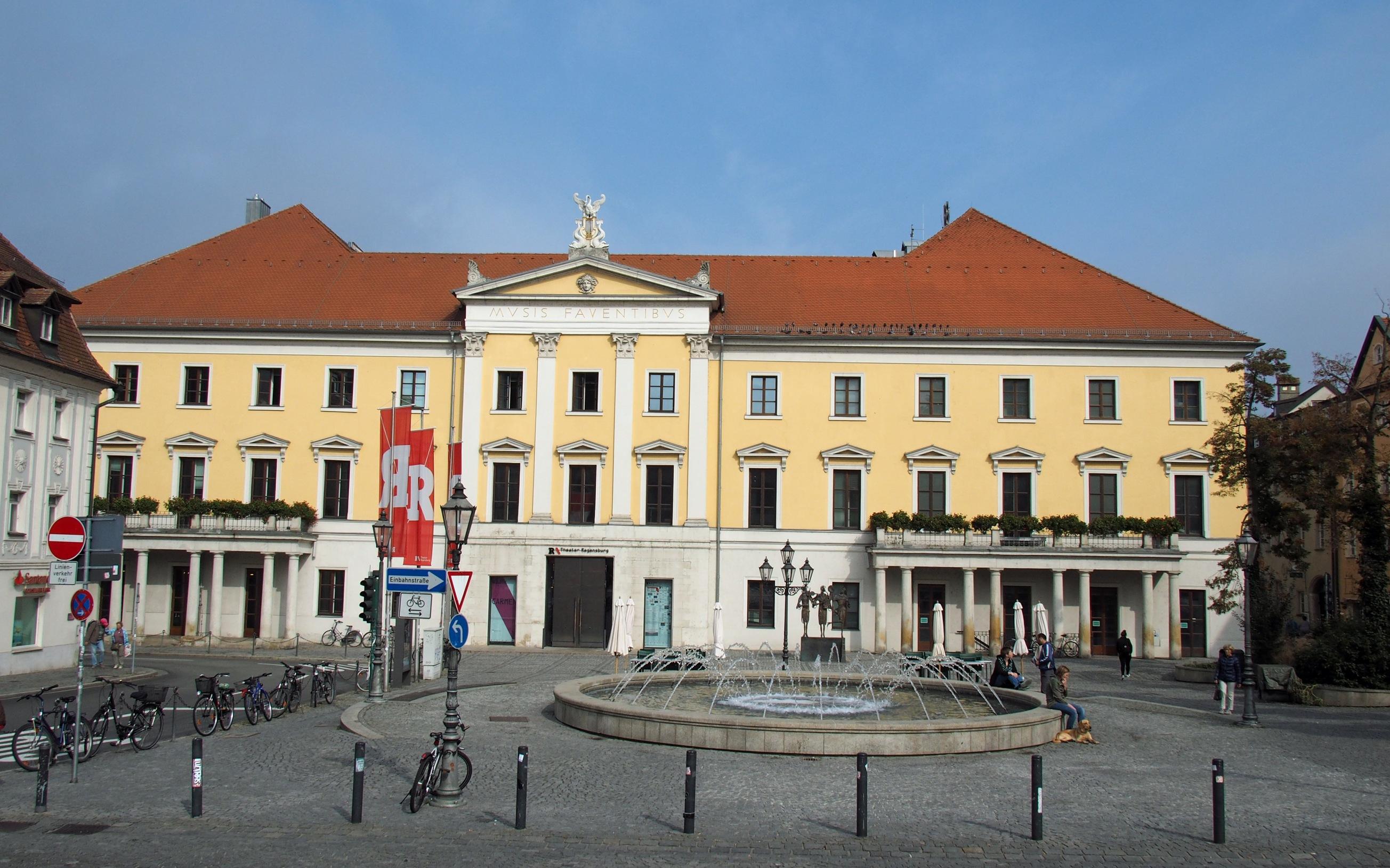 Stadttheater Regensburg Bismarckplatz