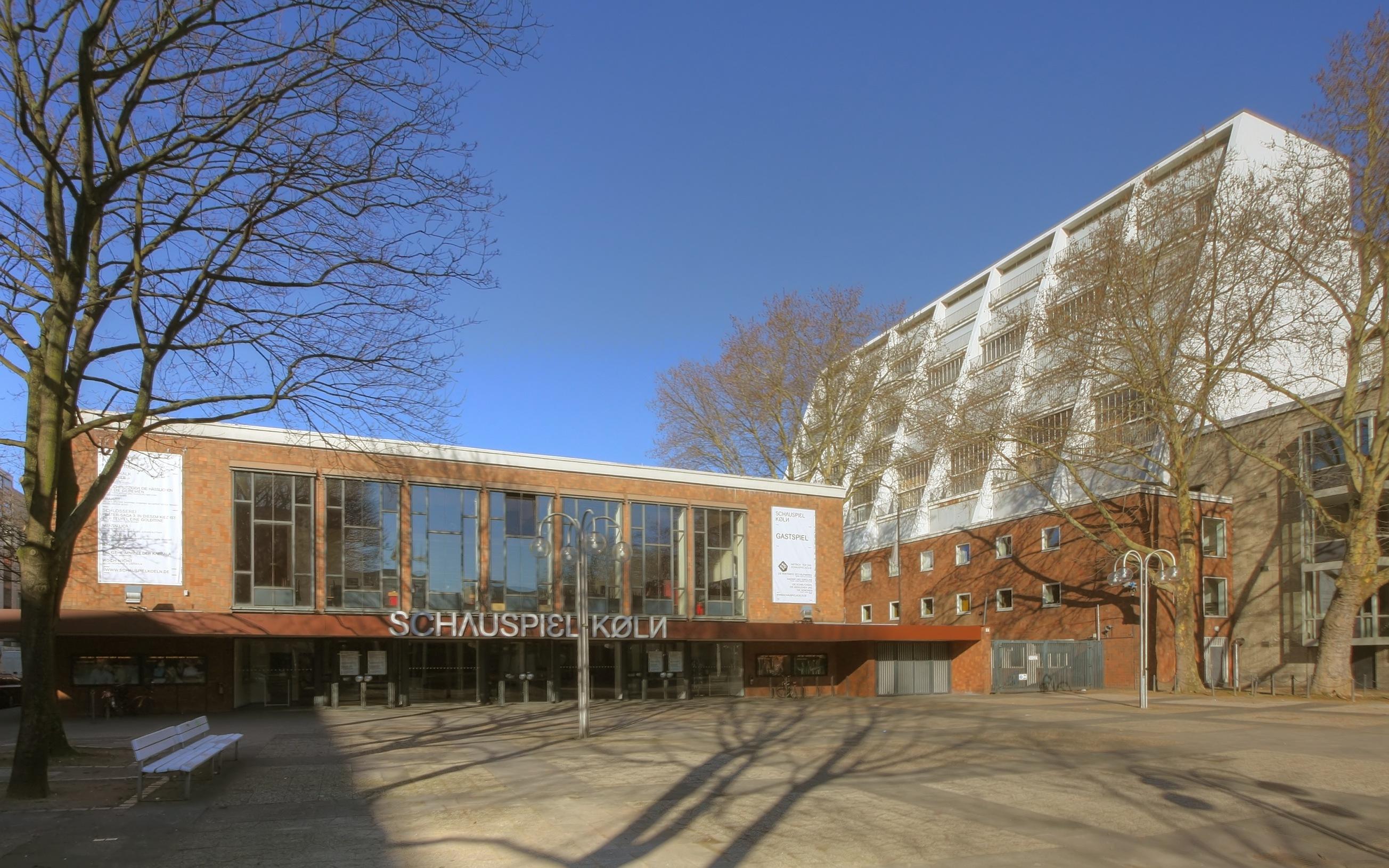 Schauspiel Köln, im Hintergrund die Oper Köln. Architekt beider Gebäude: Wilhelm Riphahn